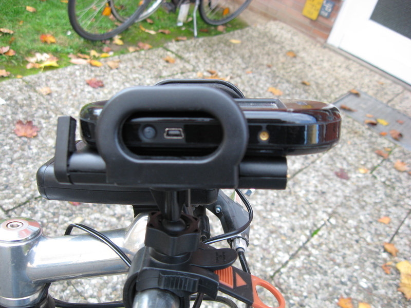 File:Bike-mount connectors.jpg